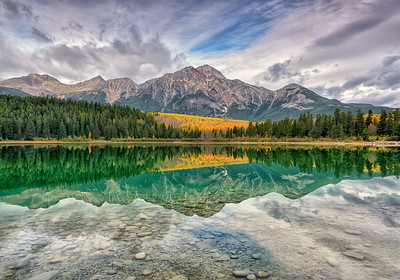 Autumn at Patricia Lake