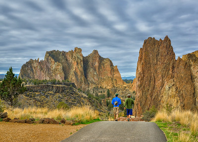 Hiking Smith Rock