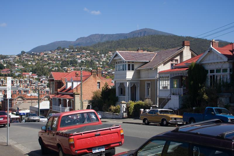 Hobart-3411