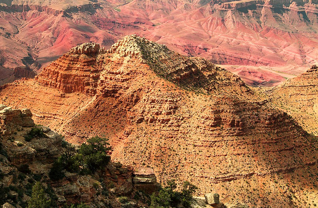 Location - Grand canyon South Rim<br /> (Second week of Sept 2010)<br /> Canon 7D,17-85@38mm, f14, ISO-400, Circular Polarizer.
