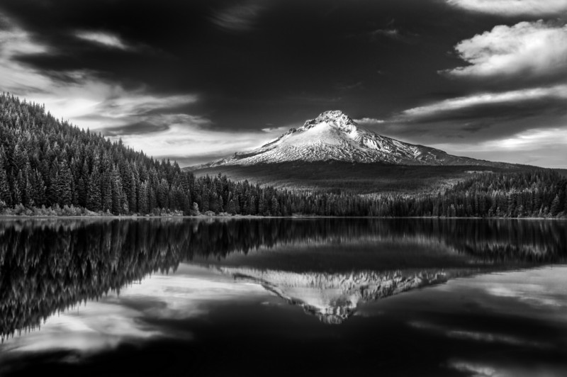 Mt. Hood, Trillium lake.<br /> © Douglas Remington - Ethereal Light Photography, LLC.  All Rights Reserved. Do not copy or download.