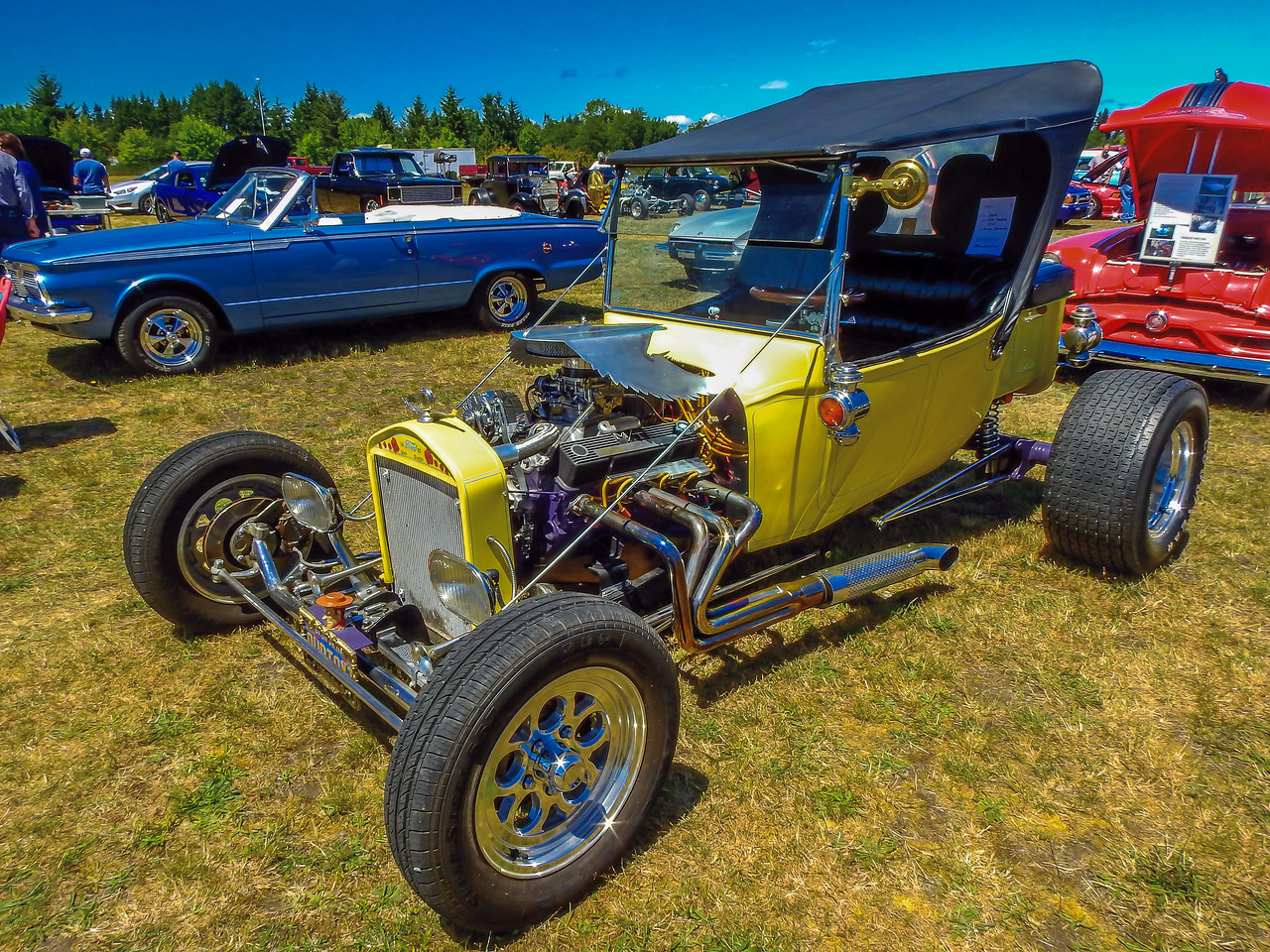 hogs dogs rods car show