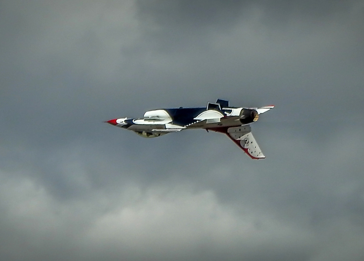 Inverted Thunderbird