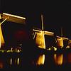 1985-09-07a Najaar (103) - Verlichte Molens Kinderdijk (G003)