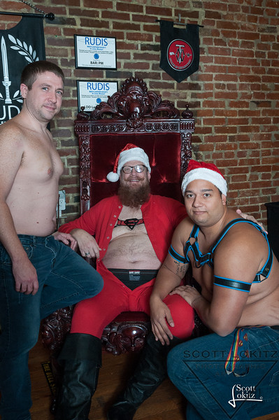 Naughty Santa-16