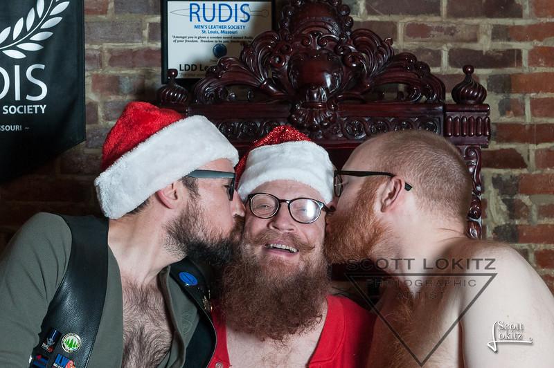 Naughty Santa-14