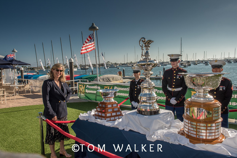 071816_Posewiththecups (13 of 82)