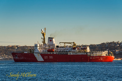CCGS Louis S. St. Laurent in January 2013.