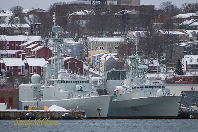 ATHABASKAN on January 16, still with her 76mm gun.