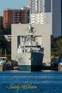 HMCS ST. JOHN'S (FFH 340) being lowered back into the water on the Syncrolift platform at CFB Halifax.