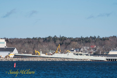 Salvaging continues on the hulk of the former HMCS IROQUOIS.