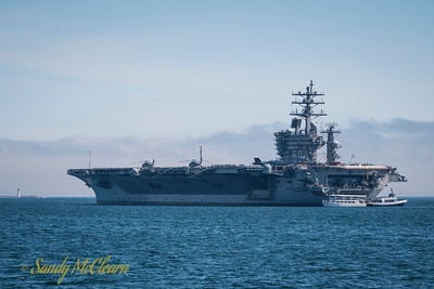 USS DWIGHT D EISENHOWER (CVN 69).