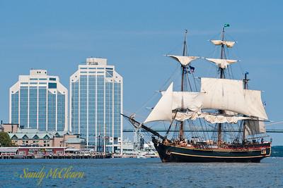 HMS Bounty.