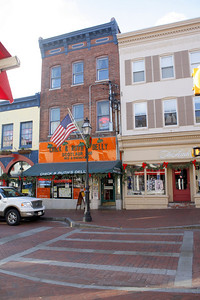 Scotlaur Inn - Above Chick & Ruth's Delly - Main St Annapolis - just a few blocks from the academy