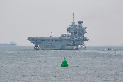 HMS Queen Elizabeth (R08)