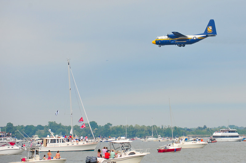 2014 USNA Blue Angels-2