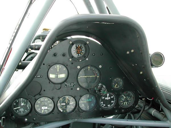 Navy T4