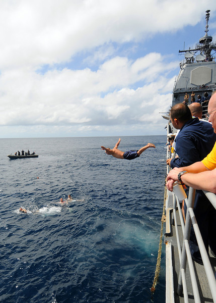 081216-N-1082Z-049