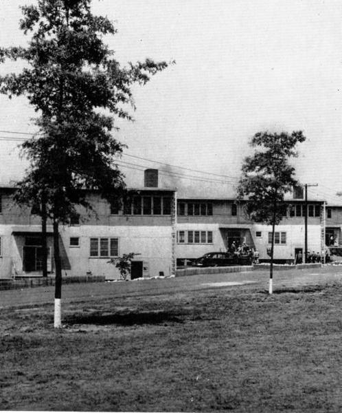 USNTC BAINBRIDGE Barracks - 1954.