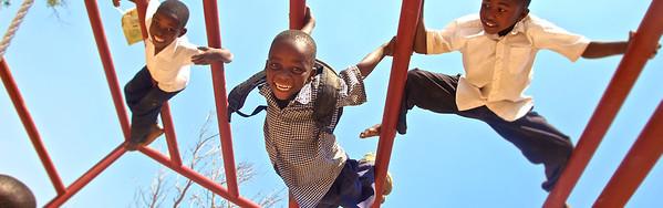 Nayamba-boys-climbing