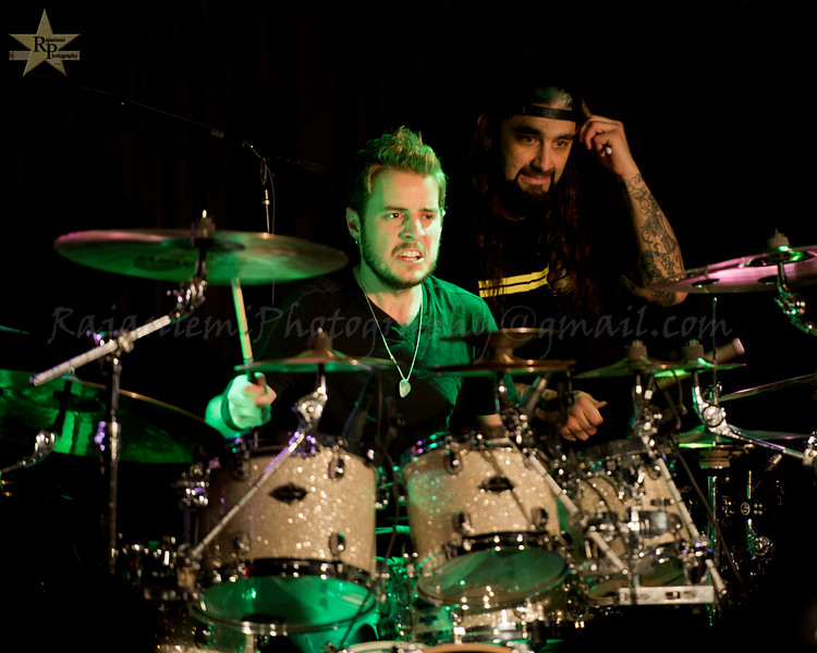 Eric Gillette and Mike Portnoy