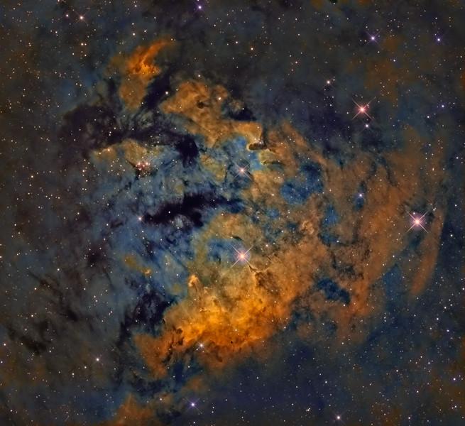 Cederblad 214 -- Cepheus Constellation