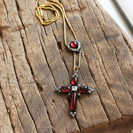 8.55ctw Victorian Garnet and Diamond Cross