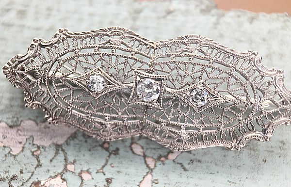 Antique Filigree Brooch