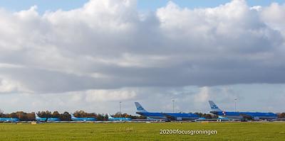 nederland 2020, eelde, machlaan, luchthaven, tijdelijke parkeerlocatie klm corona