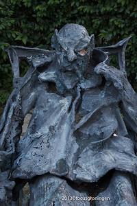 nederland 2013, groningen, bataviastraat, man in ligstoel