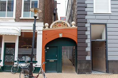 nederland 2012, groningen, akerkhof, poortje