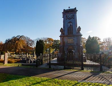 nederland 2020, groningen, hereweg, zuidelijke begraafplaats, monument albert scholten