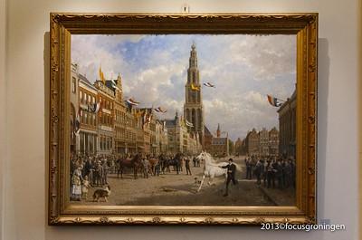 nederland 2013, groningen, grote markt, stadhuis, de paardenkeuring