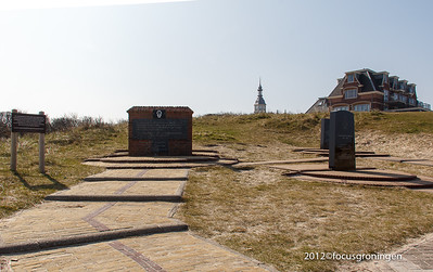 nederland 2012, domburg, boulevard van schagen, oorlogsmonument