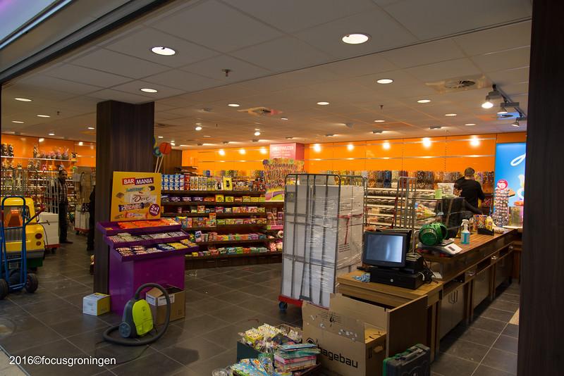 nederland 2016, groningen, paddepoel, winkelcentrum, jamin, dierenriemstraat