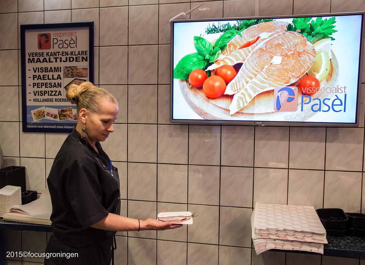nederland 2015, groningen, paddepoel, winkelcentrum, visspecialist pasél