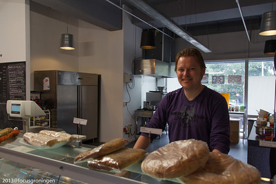 nederland 2013, groningen, paddepoel, winkels, estrella tapas, dierenriemstraat