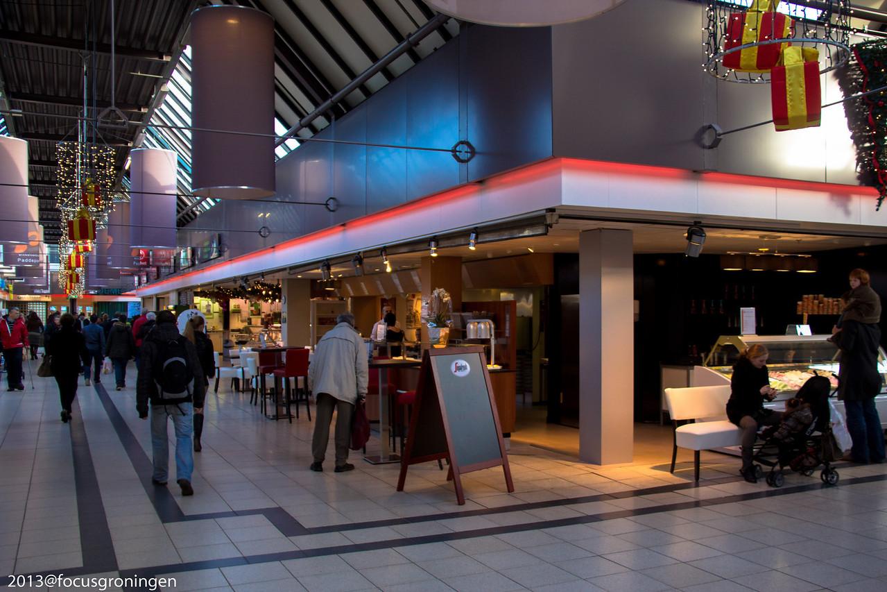 nederland 2013, groningen, paddepoel, winkelcentrum, milano, dierenriemstraat