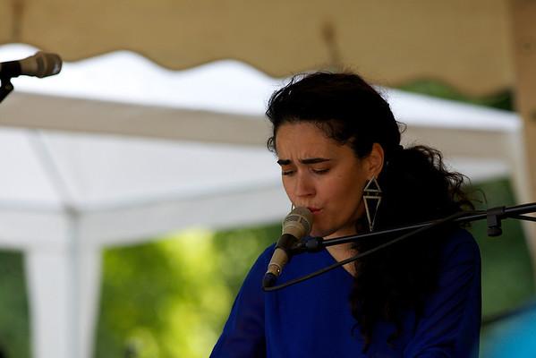 Pastorale Nisse, 2013. Optreden van Sarah Ferri.