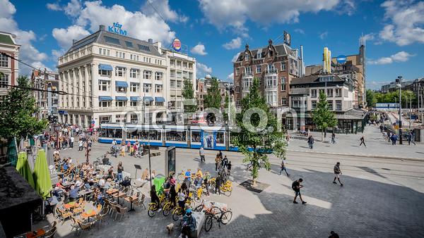 Leidse Plein, Amsterdam op zonnige dag vanuit Stadschouwburg