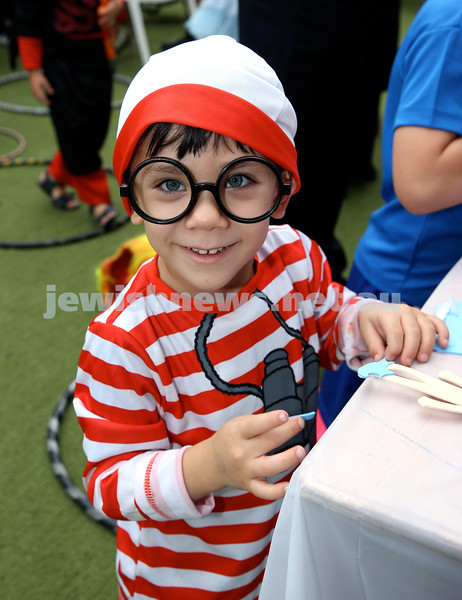 Kids Purim Party at Nefesh. Lois Kwong. Pic Noel Kessel.