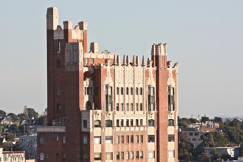 Bellevue-Staten Building