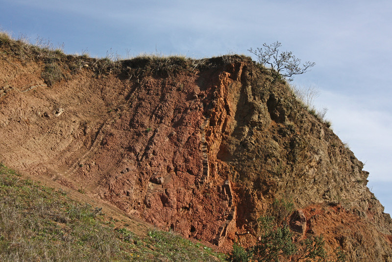 Volcanic remains (tuff), Sibley