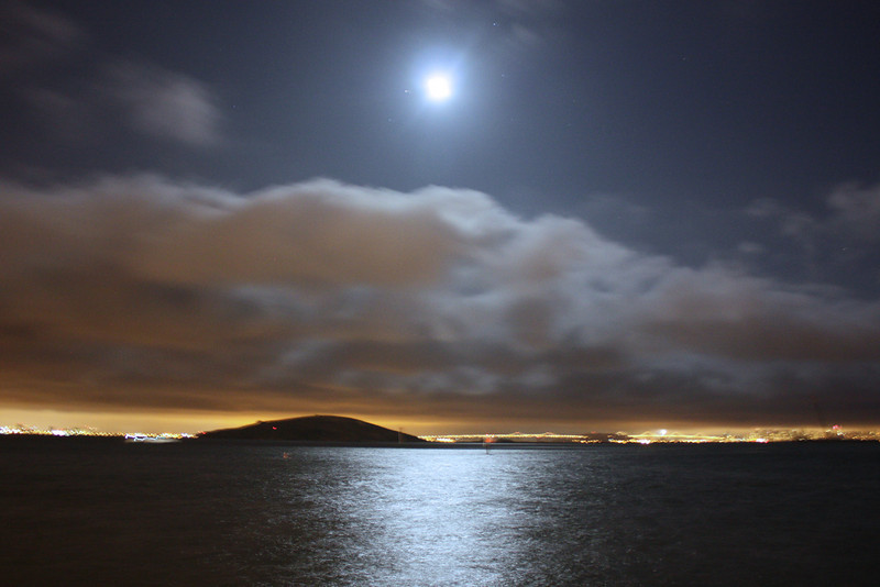 Full moon over SF Bay, July 3, 2009