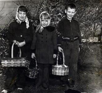 White Rock Hill Easter 1951 II (02325)
