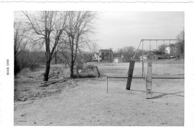 Playground VI (02205)