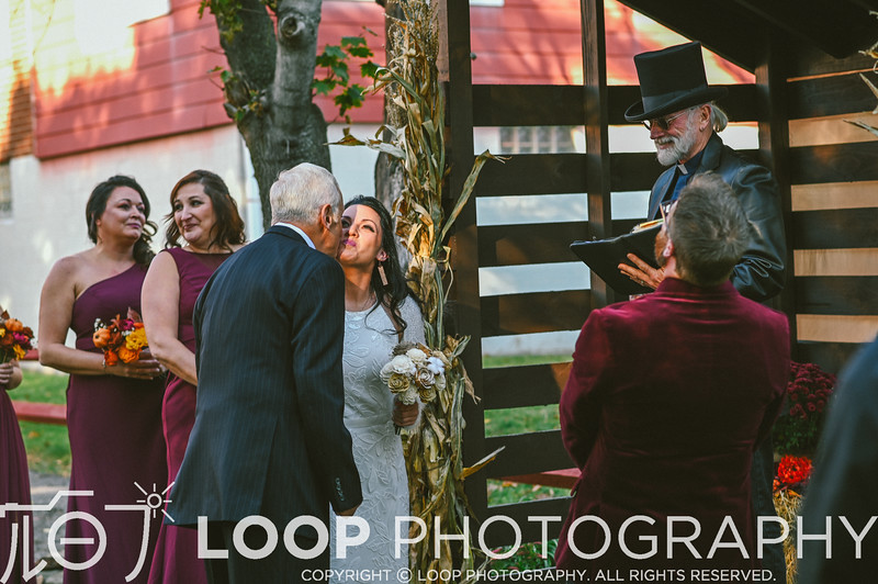 20_LOOP_NeillsWedding_HiRes_115