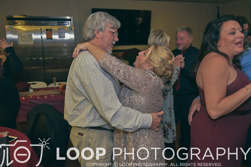 20_LOOP_NeillsWedding_HiRes_464
