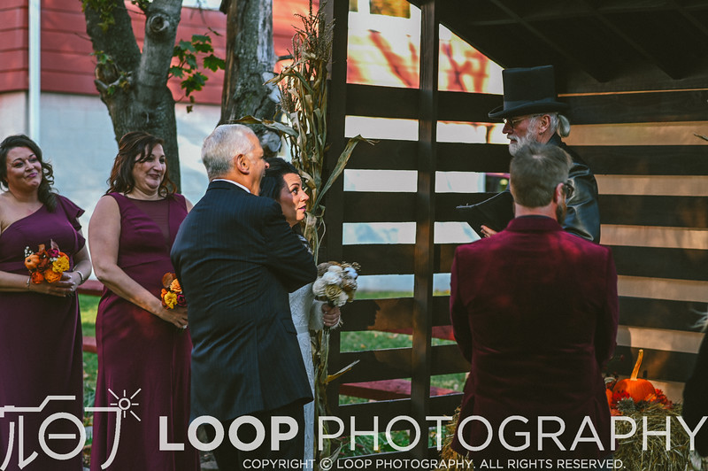 20_LOOP_NeillsWedding_HiRes_103