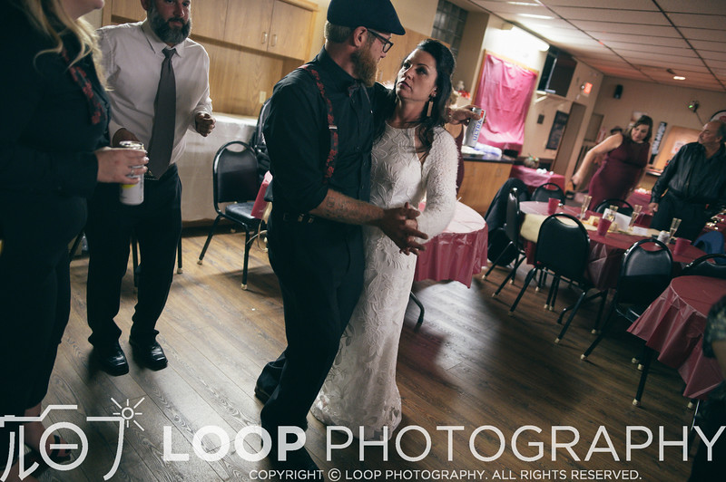 20_LOOP_NeillsWedding_HiRes_439